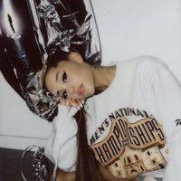 Nos fascina (y mucho) el nuevo tatuaje de Ariana Grande