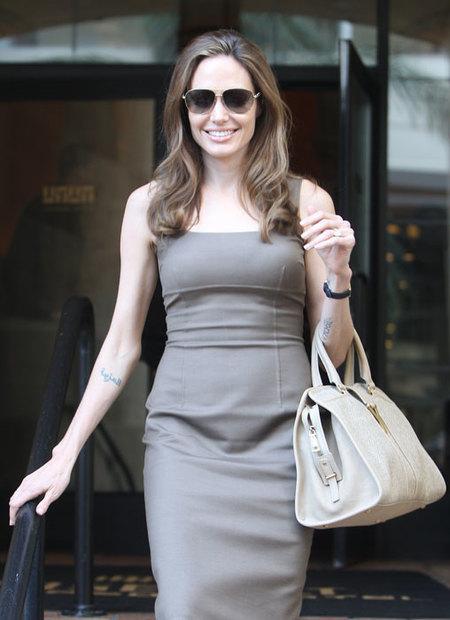 Angelina Jolie ¿embarazada? Si, no, hagan sus apuestas...