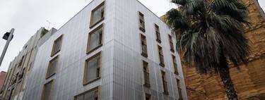 Así es el primer edificio hecho de contenedores marítimos en Barcelona