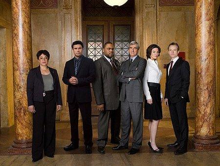 NBC acaba con la 'Ley y Orden' original y da luz verde a su spin-off de Los Angeles