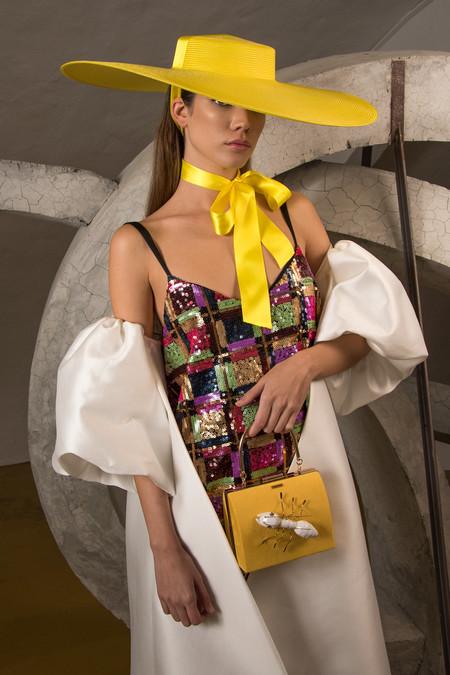 Cómo llevar sombrero en verano: guía de estilo para lucirlo con buen gusto y glamour