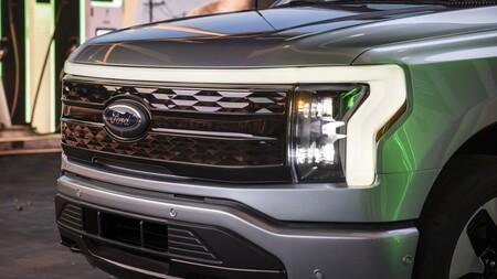 Ford F 150 Lightning 2021 017