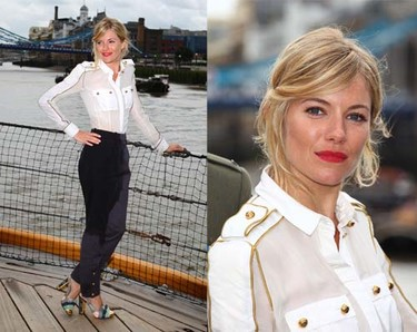 El look marinero del verano firmado por Sienna Miller