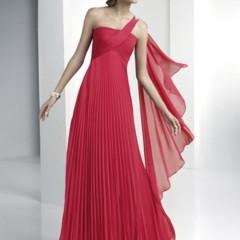 Foto 19 de 30 de la galería vestidos-para-una-boda-de-tarde-mi-eleccion-es-un-vestido-largo en Trendencias