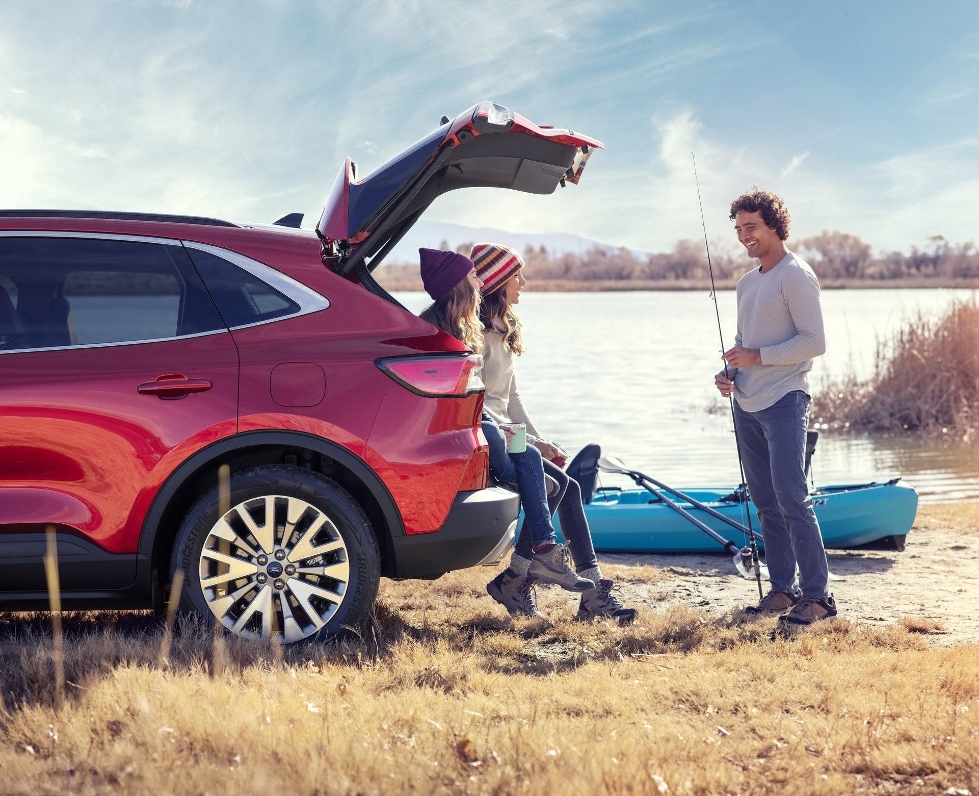 Foto de Ford Escape 2020 (10/19)