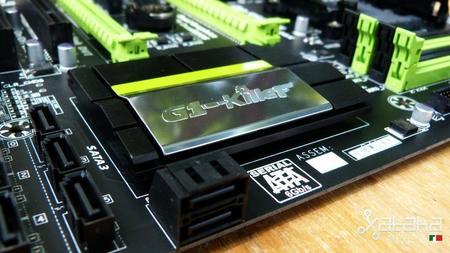 gigabyte_g1.sniper_a88x-012.jpg