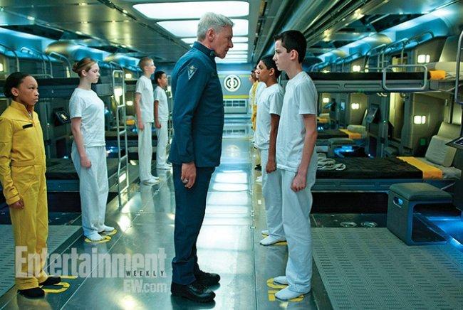 Harrison Ford y Asa Butterfield en la primera foto de El Juego de Ender