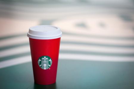 ¡Ya es Navidad en Starbucks! Y viene en forma de polémica...
