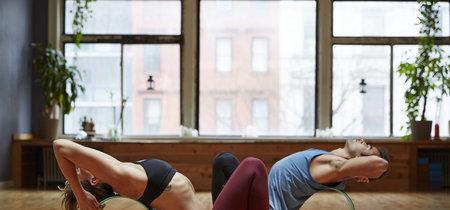 La rueda de Yoga o Yoga Wheel: un accesorio muy versátil para yoguis de todos los niveles