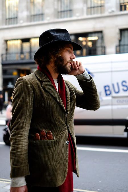 El Mejor Stret Style De La Semana Se Viste De Pana En Sus Looks De Transicion Al Otono 10