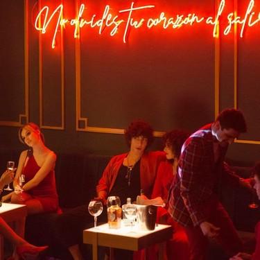 La temporada 2 de 'Élite' es un salto al vacío sin red del que la serie de Netflix sale bien parada