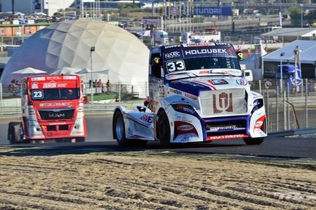 Así es el GP Camión desde dentro: monstruos de 1.500 CV, carreras frenéticas y mucha destrucción
