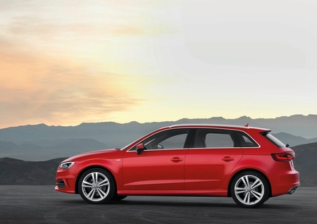 Audi A3 Sportback 2013, vista lateral