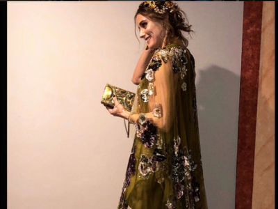 Olivia Palermo nos enseña el perfecto look de invitada