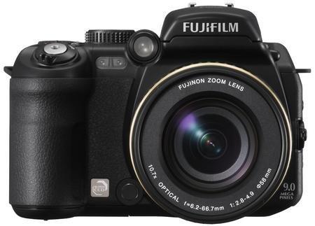 FinePix S9600 Zoom, compacta con aspiraciones SLR