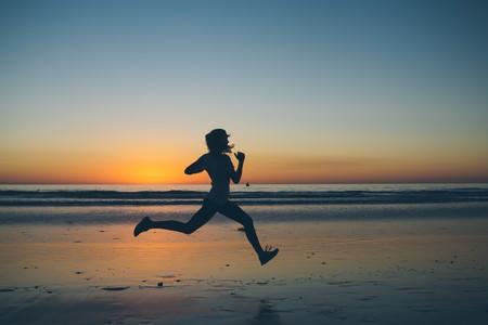 deportes-que-puedes-practicar-en-verano-mientras-te-bronceas