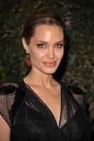 Premios Governor, Angelina Jolie reaparece y la alfombra roja se impregna de toque francés