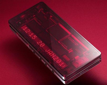 iida X-Ray de KDDI con un curioso diseño transparente