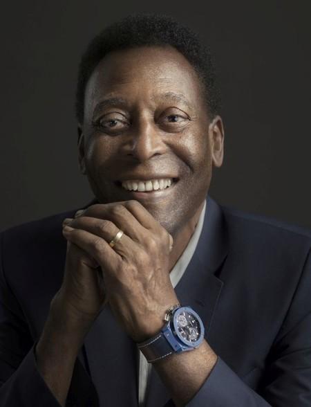 HUBLOT lanza un reloj para la UEFA Champions League con Pelé como su embajador