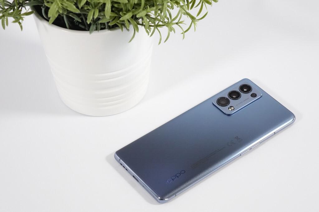 OPPO Reno6 Pro 5G, primeras impresiones: este móvil va a pegar duro en la gama alta, y lo va a hacer tirando de ingenio