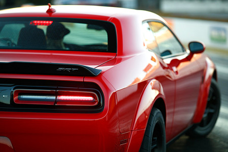 Dodge Challenger SRT Demon costará menos de 80.000 euros ...