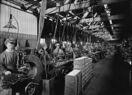 Se Trataba De Algo Inedito En Tanto Que Las Mujeres Estaban Muy Apartadas De Las Tareas Manufactureras Antes De La Guerra