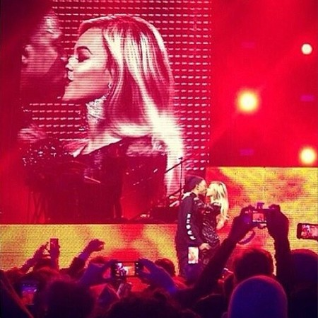 beyonce y jay z beso