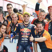 Miguel Oliveira hace historia con la KTM de Moto2: pole y segunda posición en el GP de Argentina