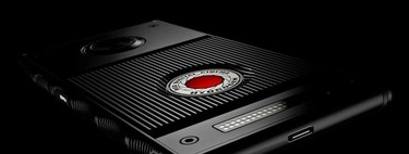 Six Mobile Phones That Promised to Succeed and Failed: RED Hydrogen One, Amazon Fire Phone, and More