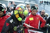 "Valentino Rossi ""se relaja"" en Nurburgring con un Ferrari 458 GT3"