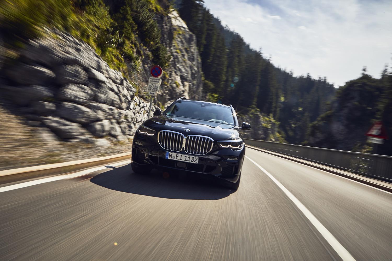 Foto de BMW X5 xDrive45e (2/16)