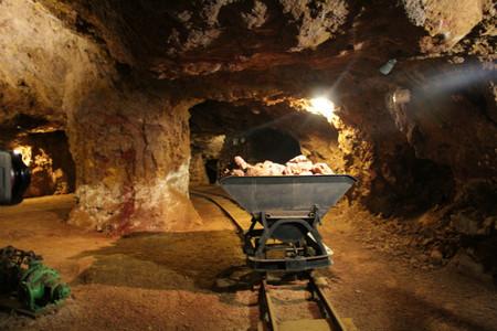 Visita a las minas de hierro Esperanza y Victoria