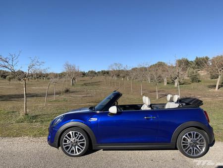 MINI Cooper S Cabrio 2019 lateral