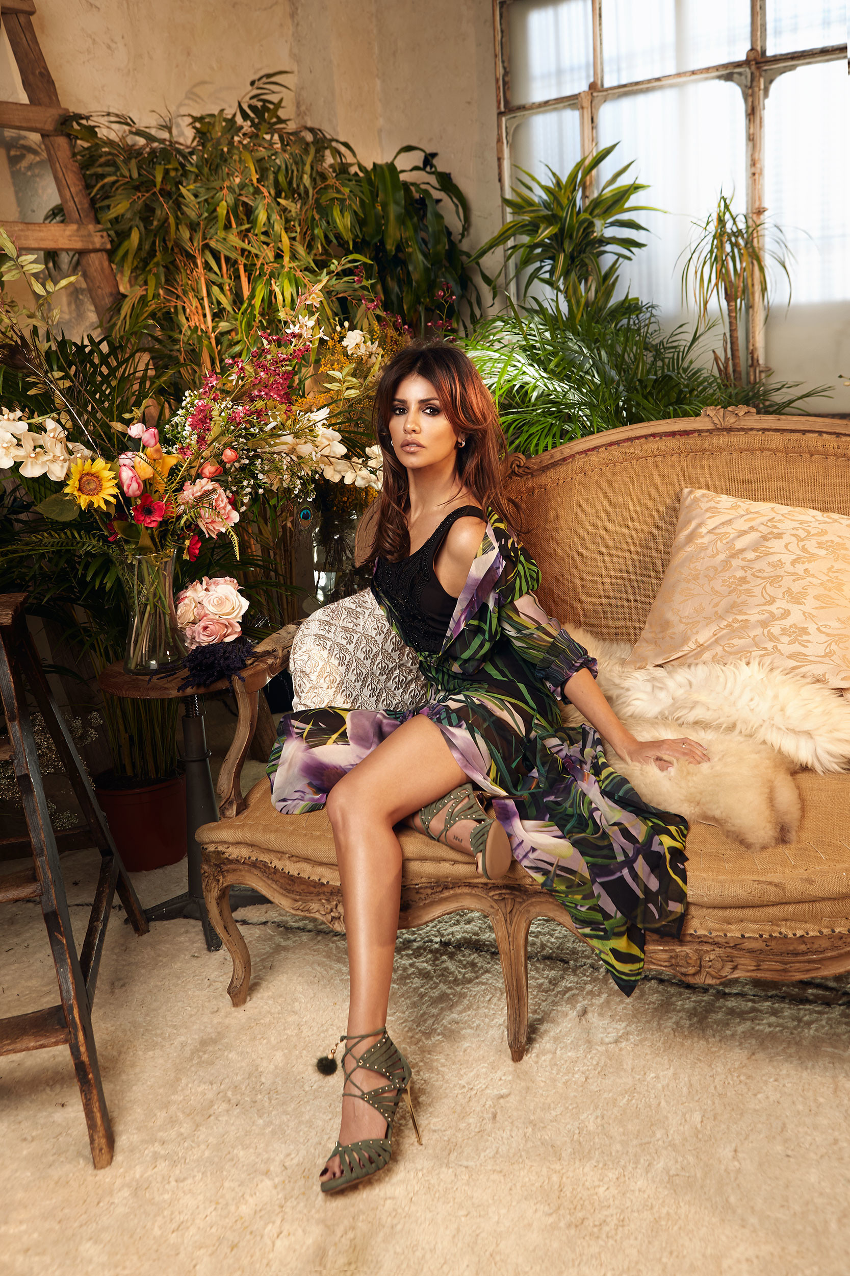 Foto de Mónica Cruz, más sexy que nunca, nos descubre una nueva firma de moda (1/10)
