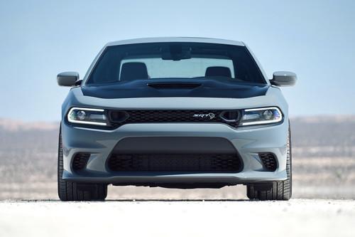 El Dodge Charger 2019 le gana tiempo al tiempo con mejoras en todas sus versiones