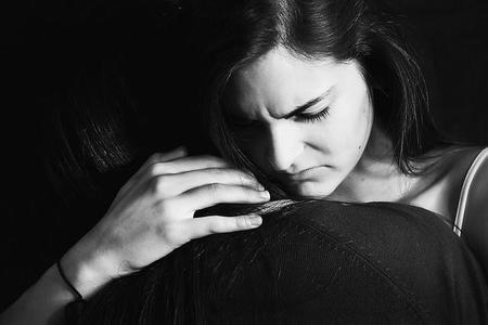 ¿Se puede prevenir la depresión postparto?