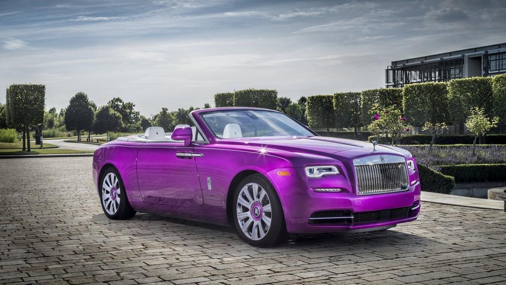 P90274437 Highres Rolls Royce Dawn In