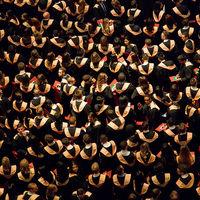 Los estudiantes estadounidenses ya deben 1,5 billones de dólares por préstamos universitarios
