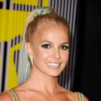 Pasan los años y Britney Spears sigue vistiéndose de vedette en los MTV Music Video Awards