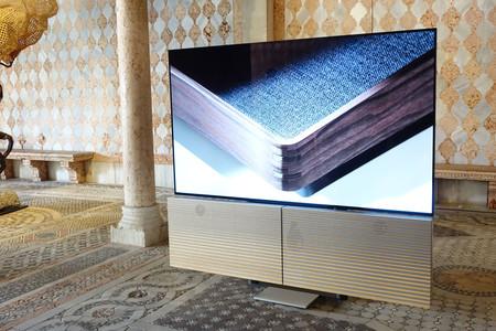 """B&O Harmony, primeras impresiones: unos altavoces de 18.500 € junto a la OLED C9 de 77"""" de LG que nos prometen un sonido «de lujo»"""