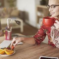 ¿Has leído que no desayunar es tan malo como fumar? Pues no es verdad, y te lo explicamos