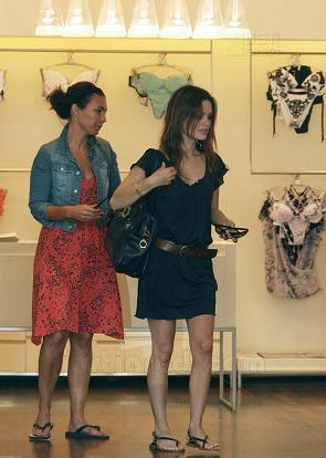 La ropa interior de Rachel Bilson
