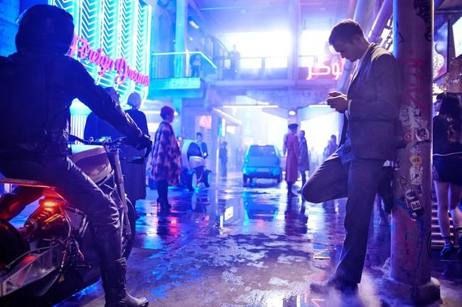 Aquí está el tráiler de 'Mute': Duncan Jones ha creado su propia 'Blade Runner'