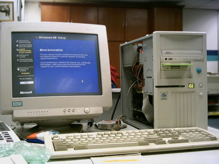 PC instalando Windows 98