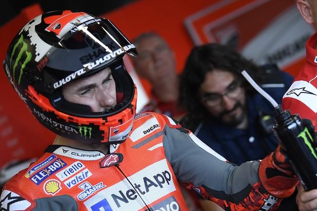 """Jorge Lorenzo no disputará el GP de Tailandia: """"Es una pena, pero no tiene sentido arriesgar"""""""