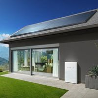 Tesla quiere darle nueva vida a su negocio de energía solar y ahora permitirá alquilar paneles desde 50 dólares al mes