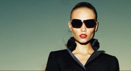 Louis Vuitton, colección crucero 2009 con Natasha Poly, catálogo