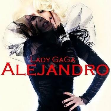 ¿Soy el único al que 'Alejandro', el nuevo single de Lady Gaga, le hace gracia?