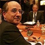 Brufau valora su puesto no a sus accionistas