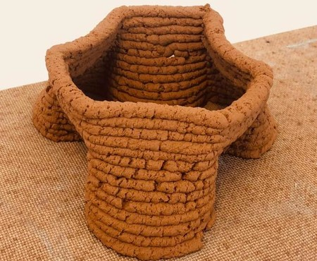 Gracias a esta impresora 3D y a material de construcción hecho de suelo local podemos evitar el uso de hormigón